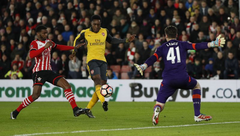 """Britain Football Soccer - Southampton v Arsenal - FA Cup Fourth Round - St Mary's Stadium - 28/1/17 Arsenal's Danny Welbeck scores their first goal  Action Images via Reuters / John Sibley Livepic EDITORIAL USE ONLY. No use with unauthorized audio, video, data, fixture lists, club/league logos or """"live"""" services. Online in-match use limited to 45 images, no video emulation. No use in betting, games or single club/league/player publications.  Please contact your account representative for further details."""